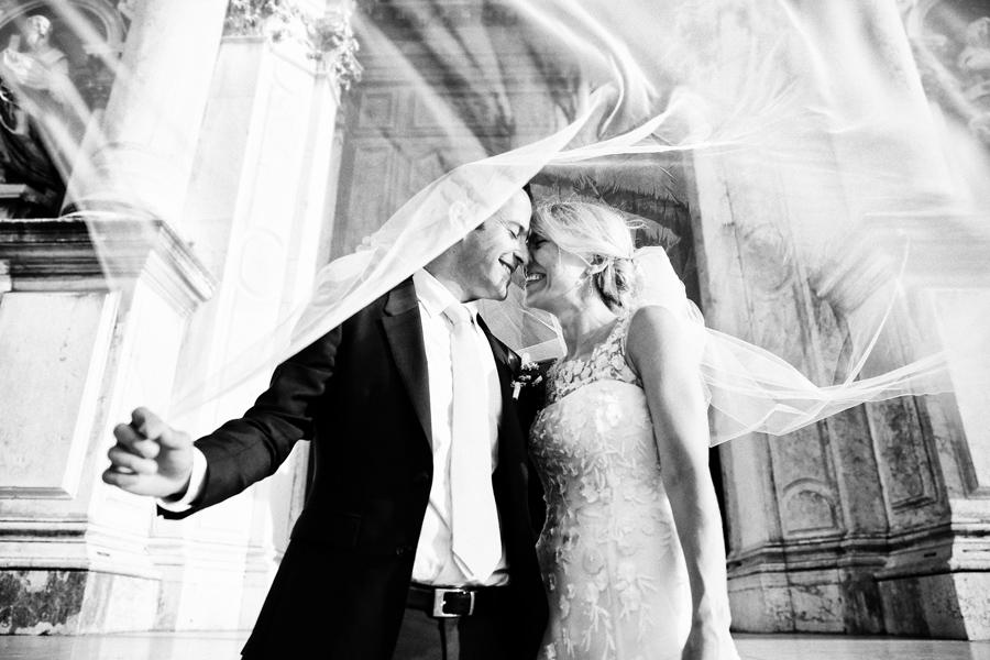 22ecedf27be0 Barbara Zanon daily life and wedding photographer